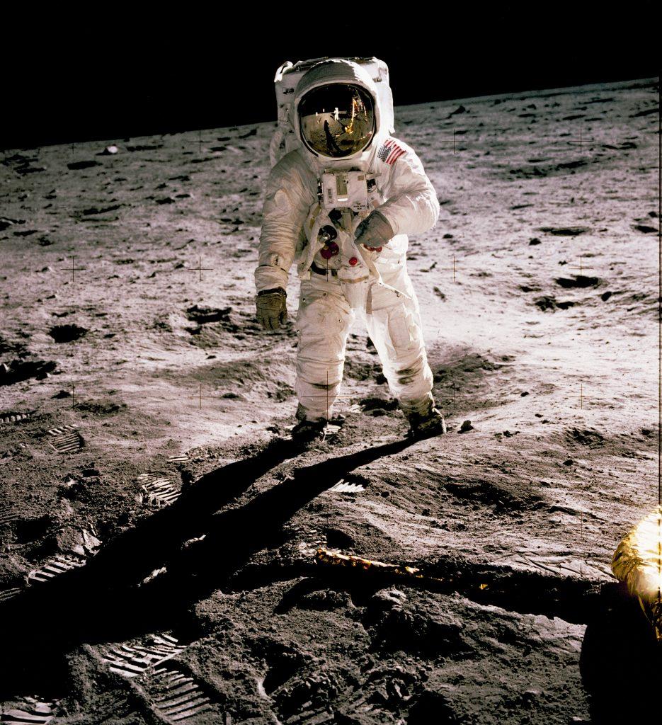 Destination Space: Apollo – Free Live Science Show & Activities